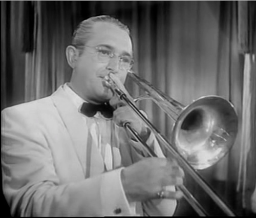Tommy_dorsey_playing_trombone